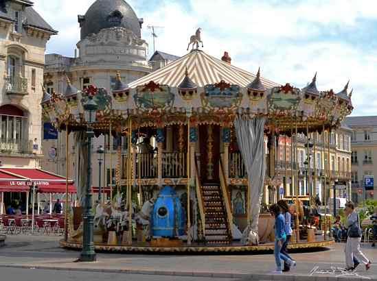 Jules Verne Carousel