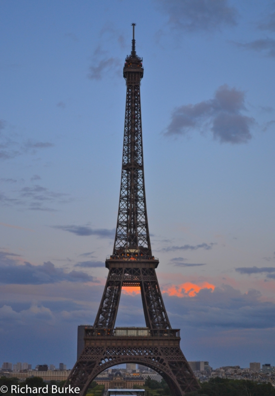 Tour Eiffel from The Trocadero Plaza
